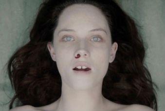 la-autopsia-de-jane-doe-sangre